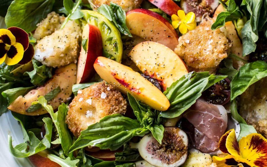 Salade Caprese Nectarine et Mozzarella frite