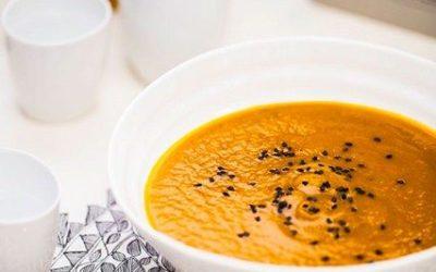 Soupe Miso aux carottes et au gingembre