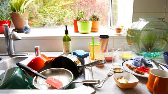 Les cinq endroits les plus infestés de bactéries dans votre cuisine ne sont pas ceux que vous pensez