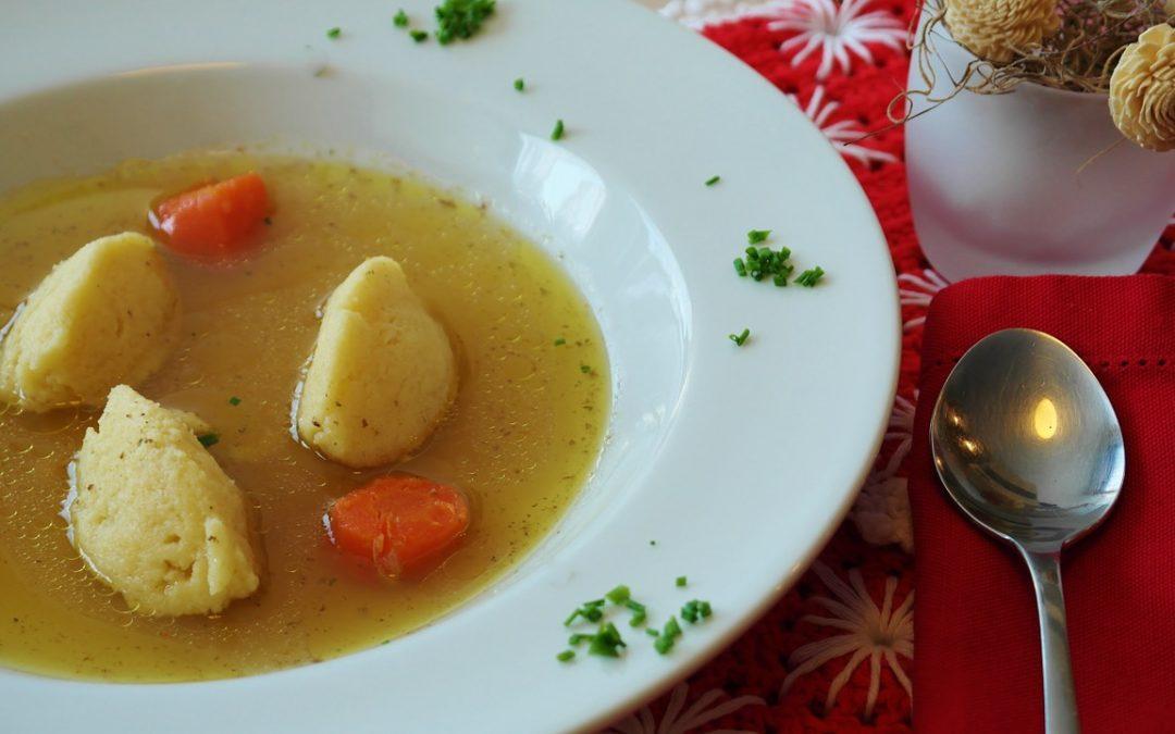 Knepfles : Une soupe consistante et délicieuse