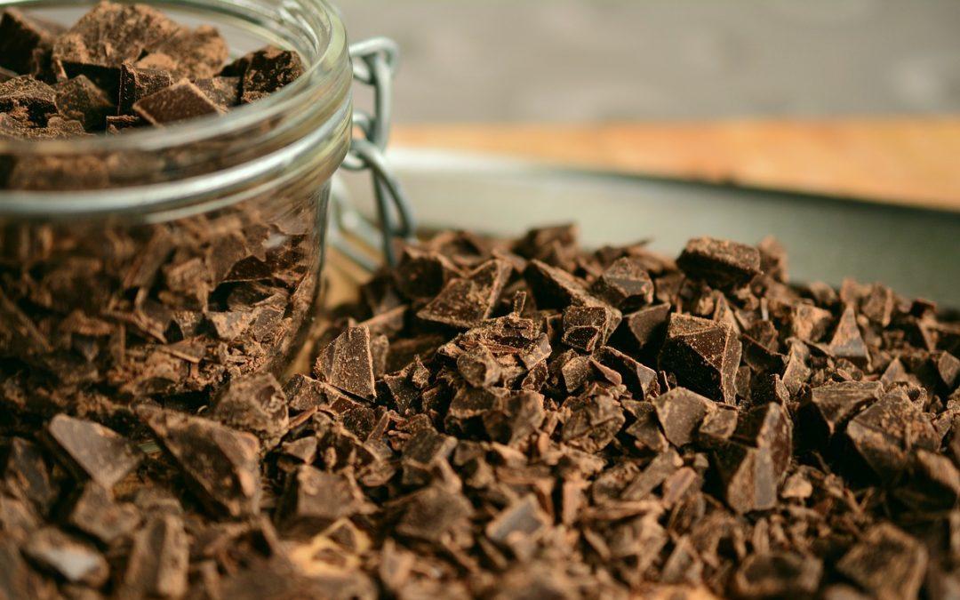 Chocolat sans sucre : La recette des pépites de chocolat maison