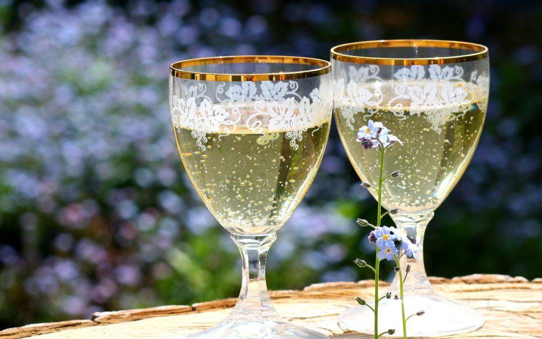 Ratafia de champagne : La boisson tendance qui va vous faire tourner a tête