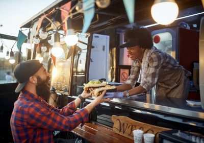 Cuisine : comment proposer de la vente à emporter ?